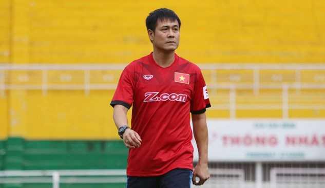 "HLV Nguyen Huu Thang: ""Tuyen Viet Nam dang di dung lo trinh"" hinh anh 1"