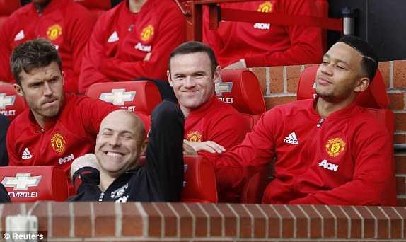 Truc tiep Man Utd vs Stoke City hinh anh 7