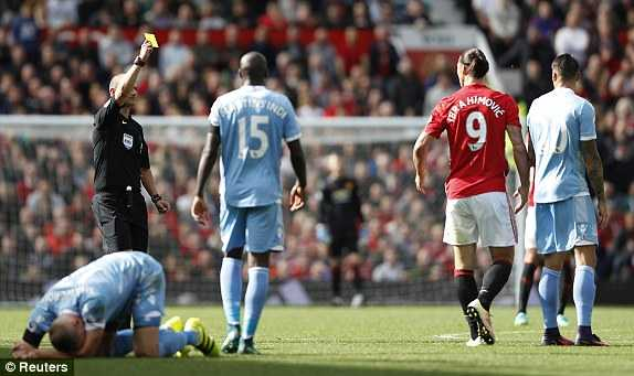 Truc tiep Man Utd vs Stoke City hinh anh 3
