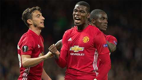 Mourinho benh vuc Pogba, cho hoc tro tu quyet nguoi sut phat den hinh anh 1