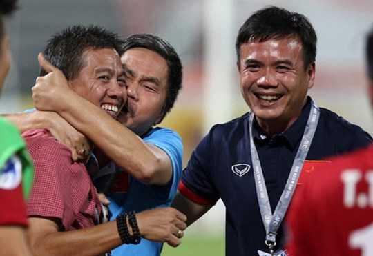 Don tu cua U19 Viet Nam: Choi 'cua duoi', bung suc ha doi thu trong hiep 2 hinh anh 1