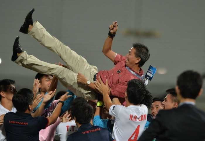 HLV Hoang Anh Tuan: U19 Viet Nam duoc huong loi tu lich thi dau hinh anh 1