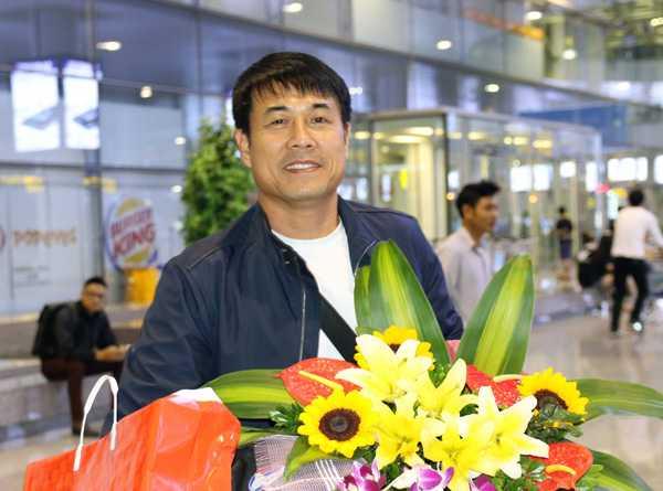 Nam may man cua bong da Viet: Cho tuyen Viet Nam vo dich AFF Cup 2016 hinh anh 1