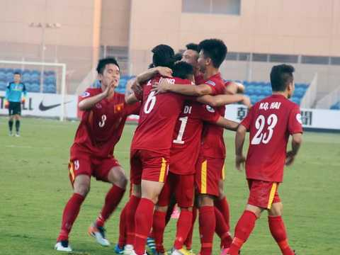 Nam may man cua bong da Viet: Cho tuyen Viet Nam vo dich AFF Cup 2016 hinh anh 2