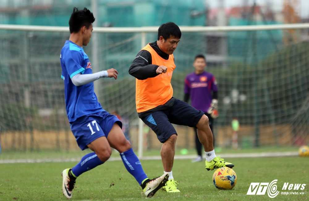 'Tuyen Viet Nam khoi tao cam hung cho U19 Viet Nam' hinh anh 1