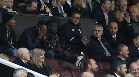Mourinho bat luc, chang noi duoc ai tai Man Utd? hinh anh 2