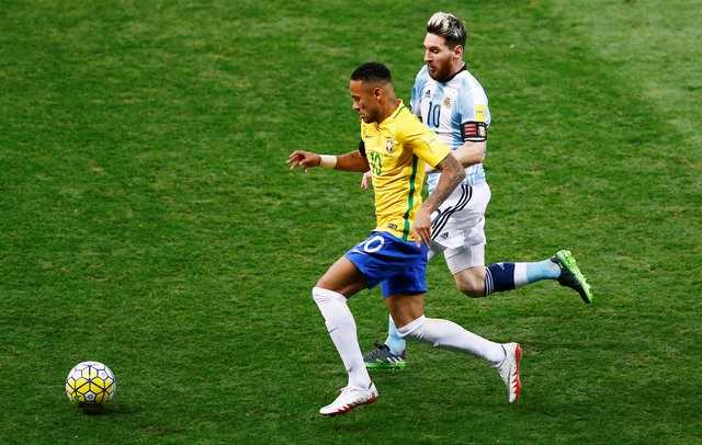 Truc tiep vong loai World Cup 2018: Brazil vs Argentina hinh anh 2