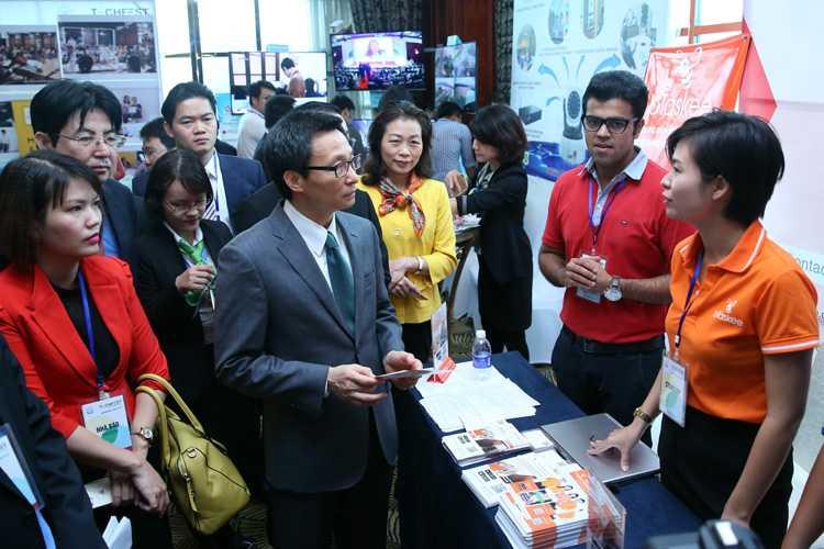 Pho Thu tuong Vu Duc Dam: 'Giay phep con la noi so thuc su cua doanh nghiep khoi nghiep' hinh anh 2