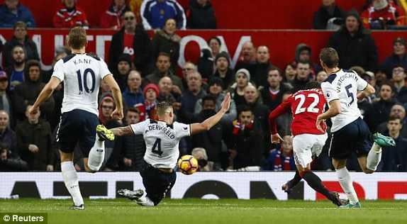Mkhitaryan lap cong, Man Utd xuat sac ha Tottenham hinh anh 4