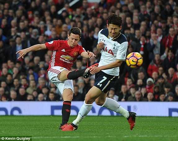 Mkhitaryan lap cong, Man Utd xuat sac ha Tottenham hinh anh 3