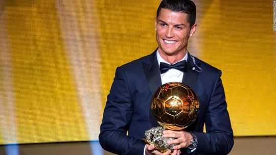 Dieu it biet ve nguoi cha ban han cua Ronaldo hinh anh 4