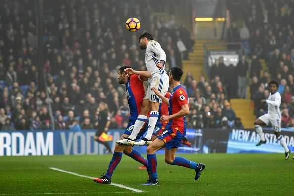 Diego Costa toa sang, Chelsea thang tran thu 11 lien tiep hinh anh 4