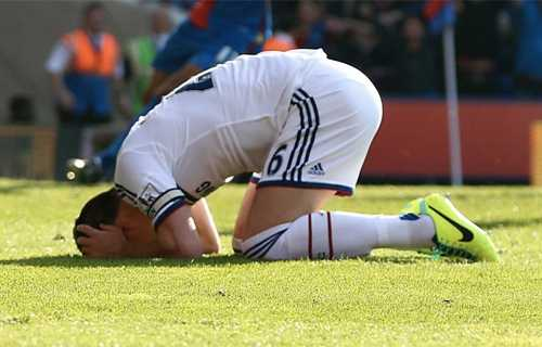 Diego Costa toa sang, Chelsea thang tran thu 11 lien tiep hinh anh 17