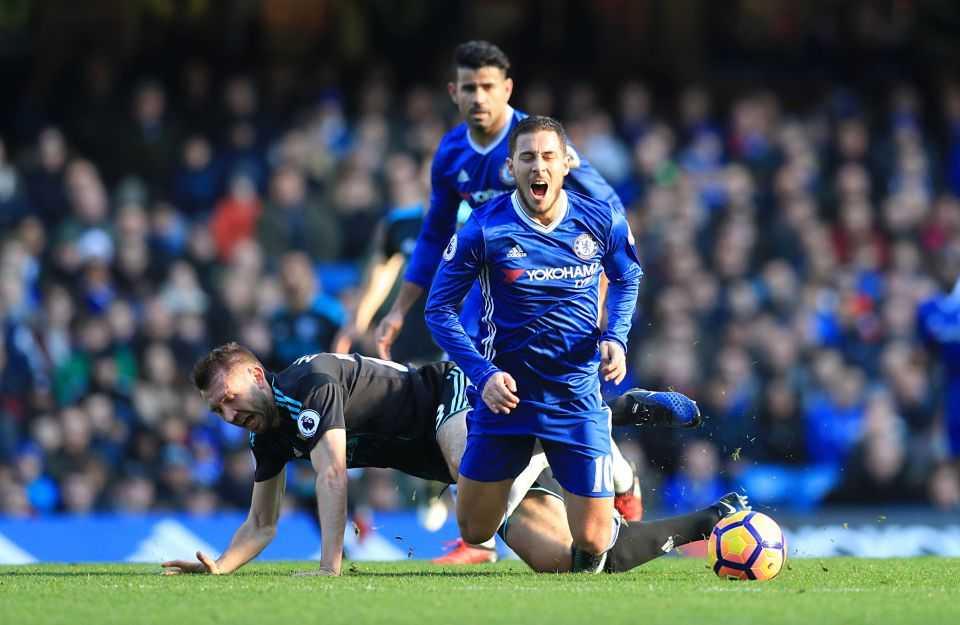 Diego Costa toa sang, Chelsea thang tran thu 11 lien tiep hinh anh 14