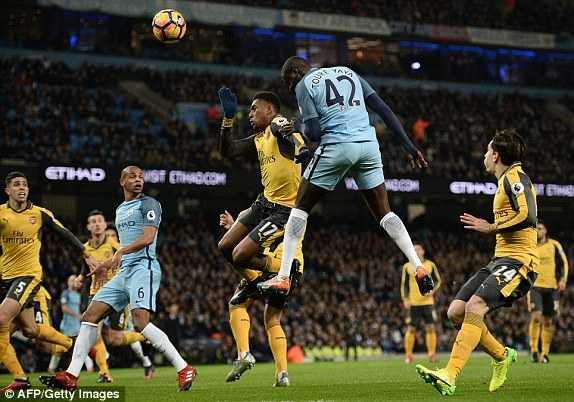 Truc tiep Man City vs Arsenal hinh anh 3