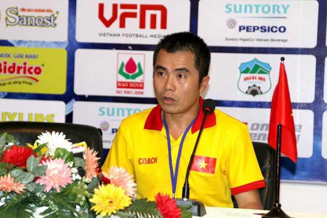 HLV U21 Viet Nam: 'Trong tai bat rat tot, bu gio 3 phut ma U21 Myanmar ghi ban phut 95' hinh anh 1