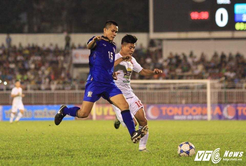 Bau Duc, Huu Thang 'te tai' xem U21 HAGL tham bai truoc U21 Thai Lan hinh anh 2