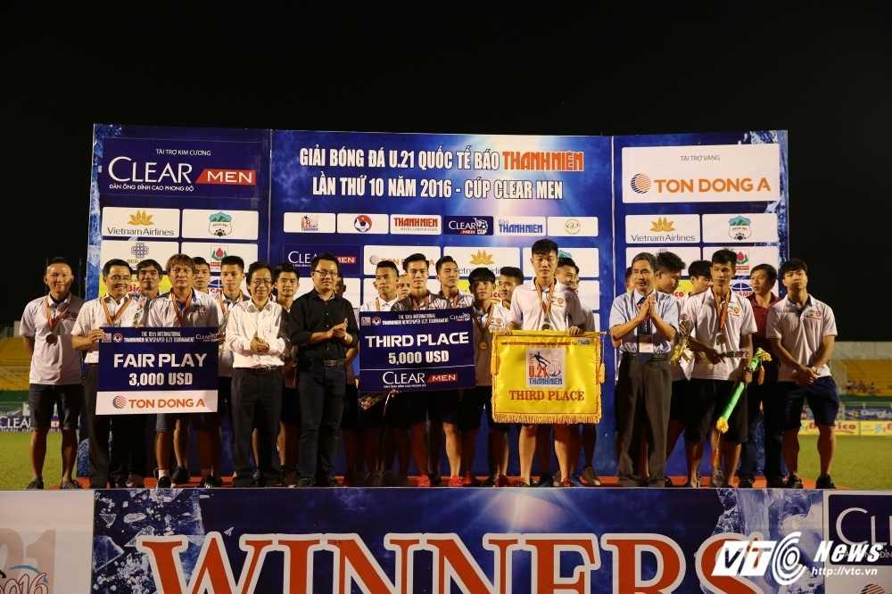 Thang U21 Thai Lan, U21 Yokohama vo dich U21 Quoc te 2016 hinh anh 3