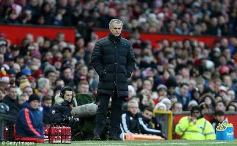 Tro ly cu nhan nhu Mourinho: Trong 90 phut, ta khong the la ban hinh anh 2
