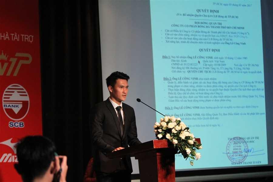 Cong Vinh ban ve, Cong Phuong phat to roi: Dung chi trich, hay mo long voi bong da Viet Nam hinh anh 4