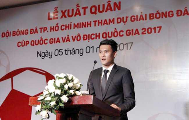 Cong Vinh lan dau nhac den Thuy Tien sau khi nham chuc quyen Chu tich CLB TP.HCM hinh anh 1