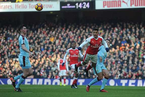Truc tiep Arsenal vs Burnley hinh anh 2