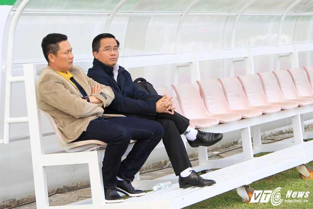 Canh tay phai cua bau Duc ke thoi khac song con cua hoc vien HAGL Arsenal JMG hinh anh 3