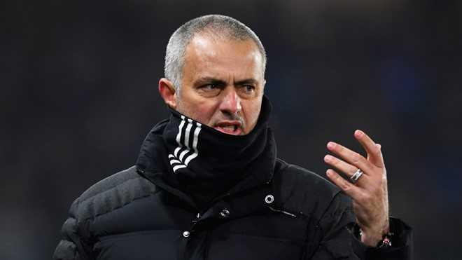 Mourinho tu choi dan dat doi bong cua Trung Quoc hinh anh 1