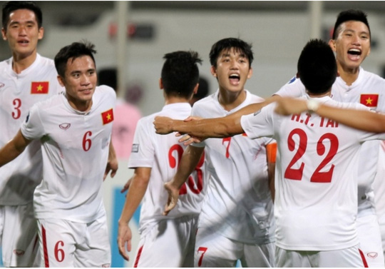 U20 Viet Nam gom quan du U20 World Cup: Hay hoc Kiatisak hinh anh 1