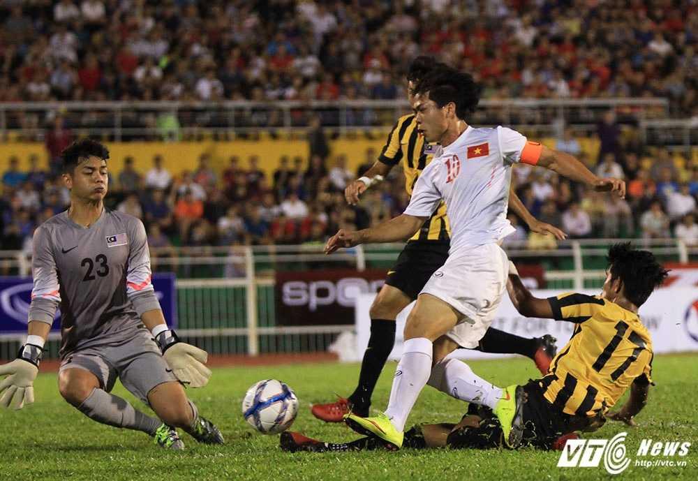 Cong Phuong ghi ban tuyet dep, U23 Viet Nam thang dam U23 Malaysia hinh anh 1