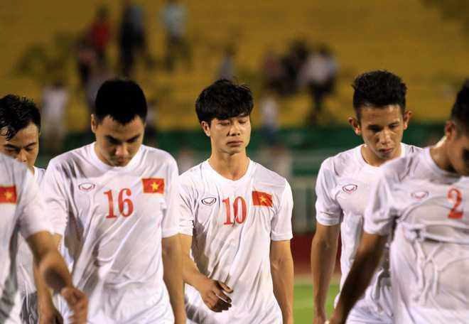 'Khong hieu sao Viet Nam cu chon doi yeu moi giao huu' hinh anh 1