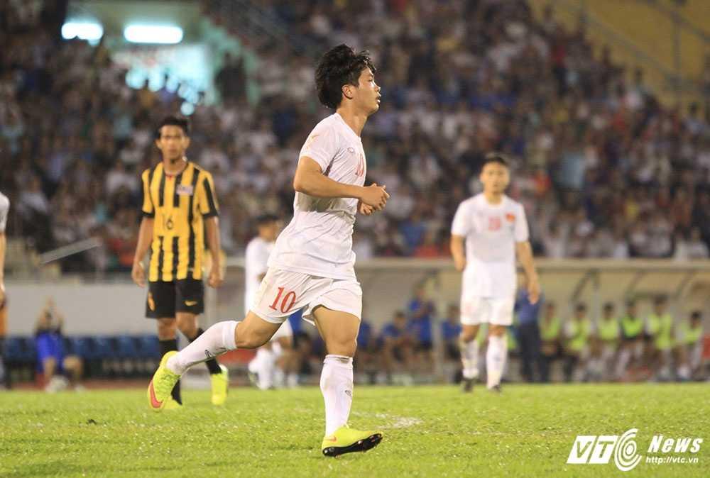 Cong Phuong ghi ban giua vong vay 5 cau thu U23 Malaysia: 'Cu no luc, ket qua tot dep se den thoi' hinh anh 1