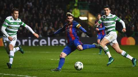 Ronaldo vs Messi: Nong bong cuoc dua 100 ban o Champions League hinh anh 2
