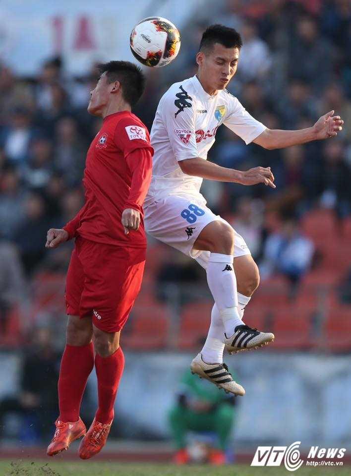 Truc tiep bong da Hai Phong vs Ha Noi FC hinh anh 9