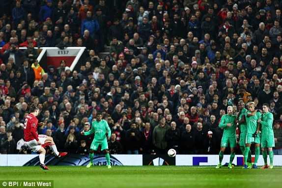 Truc tiep Man Utd - St.Etienne hinh anh 9
