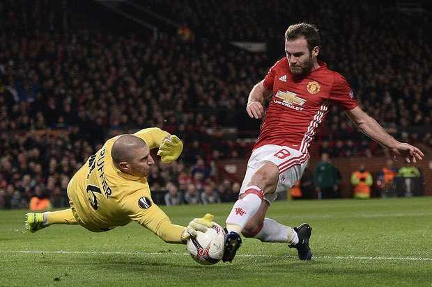 Truc tiep Man Utd - St.Etienne hinh anh 7