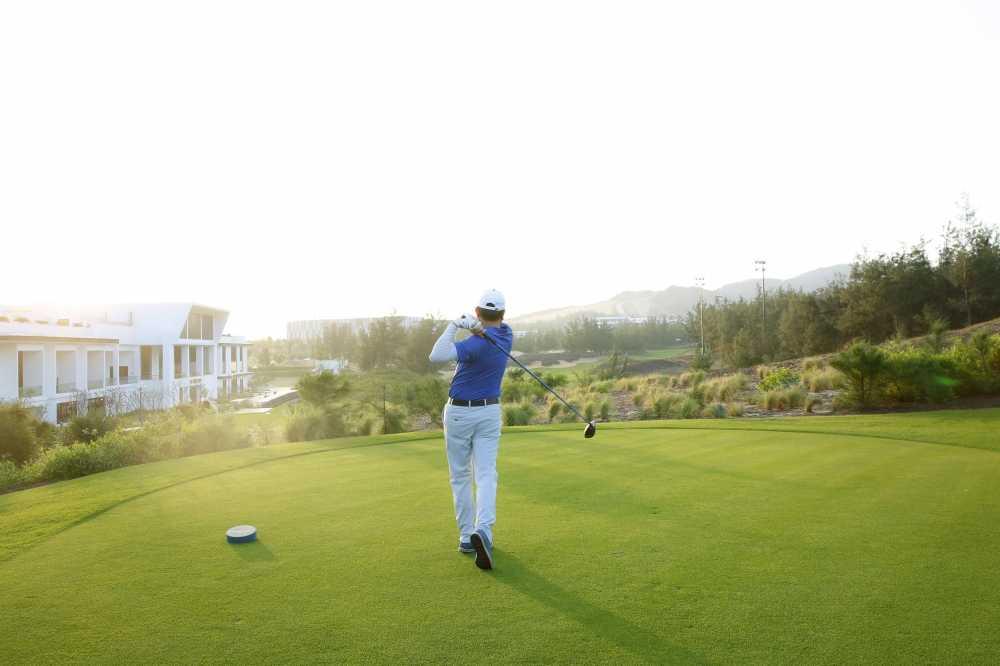 1500 golfer tranh tai tai FLC Golf Championship 2017 hinh anh 1