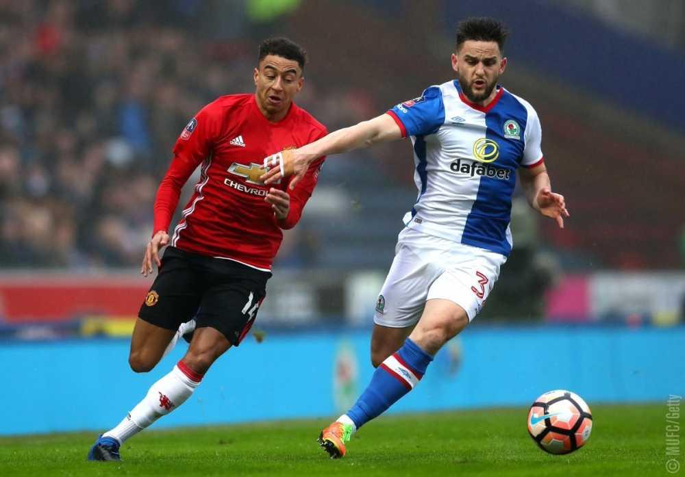 Truc tiep Blackburn vs Man Utd hinh anh 3
