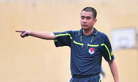 Trong tai Nguyen Trong Thu keu goi VFF giam an cho cau thu Long An hinh anh 2