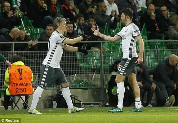 Truc tiep St.Etienne vs Man Utd hinh anh 2