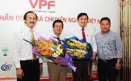 Tong giam doc VPF 'it doc luat' co du suc phan bien chon trong tai? hinh anh 1
