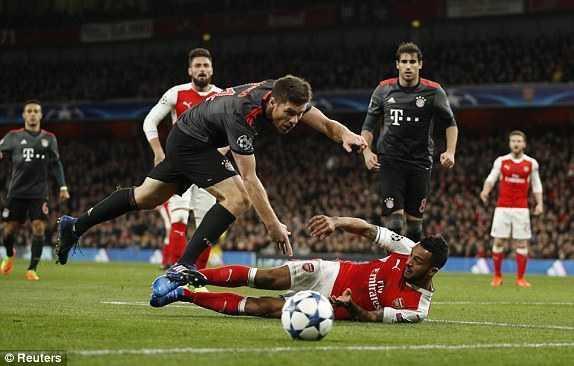 Link xem truc tiep Arsenal vs Bayern Munich vong 1/8 Cup C1 Chau Au hinh anh 6