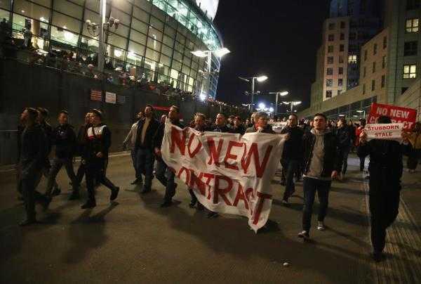 CDV Arsenal du dinh dieu hanh phan doi Wenger lan 2 hinh anh 3