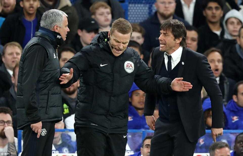 Trong tai kien quyet duoi Herrera, Mourinho mia mai cuoi hinh anh 2