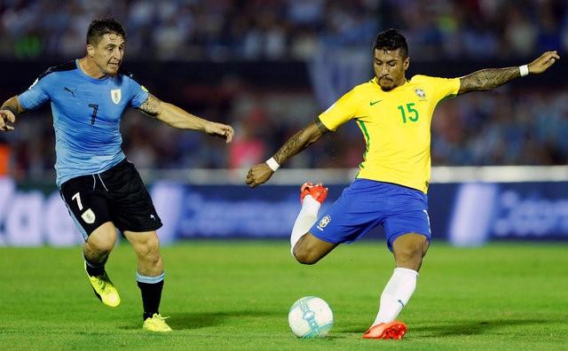 Link xem truc tiep Uruguay vs Brazil vong loai World Cup 2018 hinh anh 1