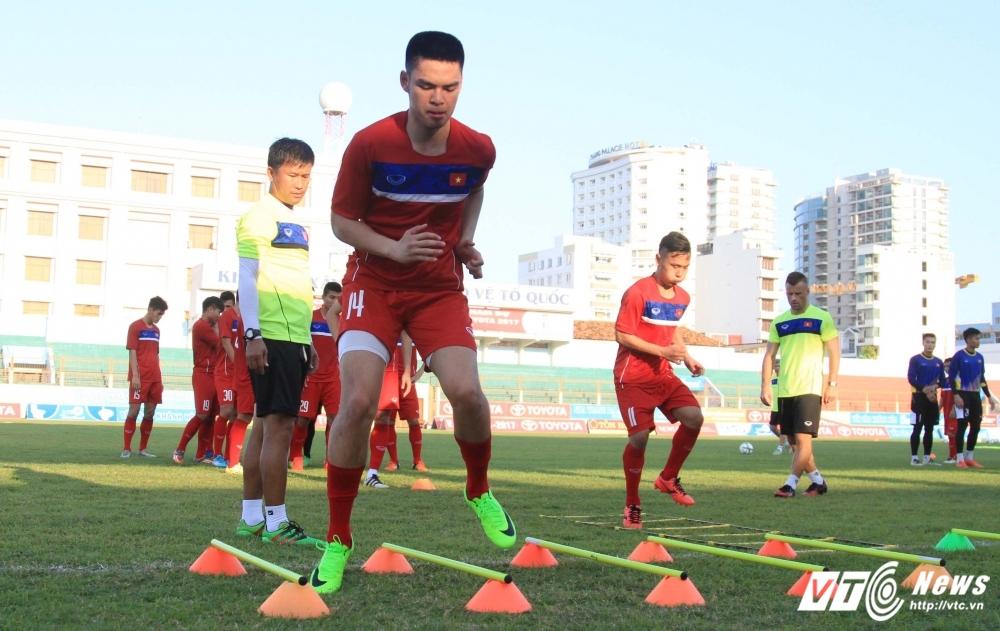 U20 Viet Nam loai cau thu Viet kieu Tony Le Tuan Anh hinh anh 1