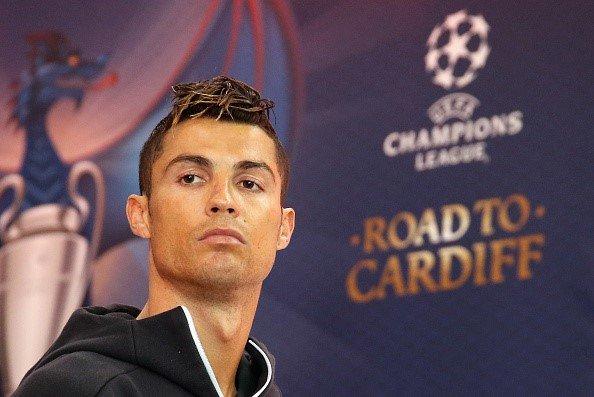 'Yeu Ronaldo thi dung nghi ngo bat cu dieu gi' hinh anh 1