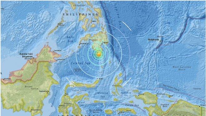 Dong dat manh 6,8 do Richter lam rung chuyen bo bien Philippines hinh anh 1