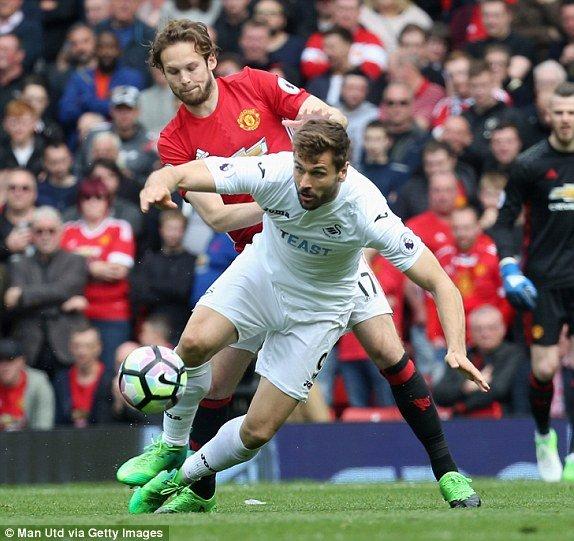 Link xem truc tiep MU vs Swansea vong 35 Ngoai Hang Anh hinh anh 4