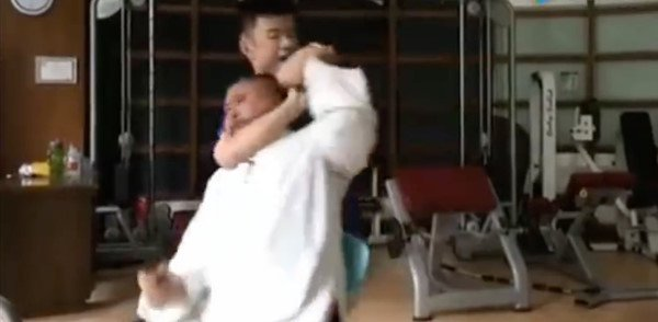 Nguy Loi: Van het noi cong, toi se khien Tu Hieu Dong bo mang hinh anh 1